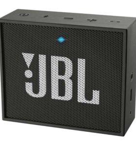 Продам колонку JBL GO Black