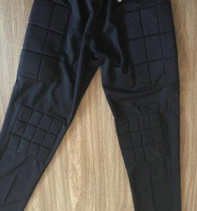 Продаю вратарские штаны