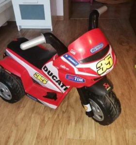 Мотоцикл peg-perego ducati