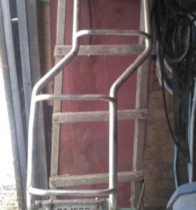 Лестница на заднюю дверь