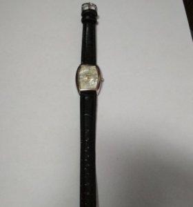 Часы женские Sonova