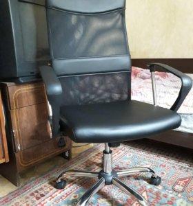 Компьютерное кресло новое