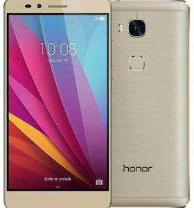 Смартфон Honor 5X 16 ГБ золотистый