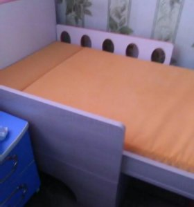 Кровать выростайка,возможно торг