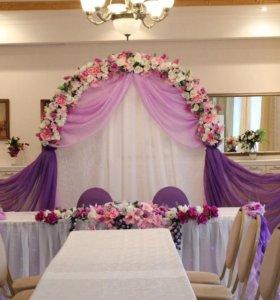 Продам конструкцию для свадеб ( президиума)