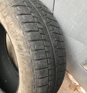 Шины Bridgestone 215/60 R17