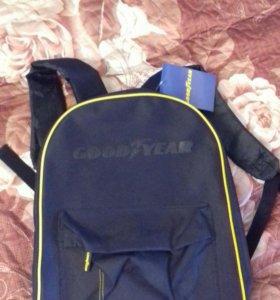 новый рюкзак гудиер