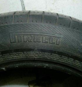 Две шины Pirelli 15r