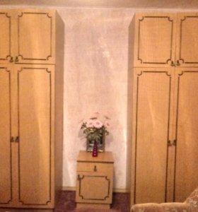 Шкаф и тумбочка