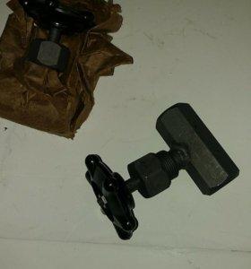 Клапан (вентил) игольчатый муфтовый
