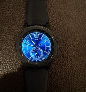 Часы SamsungGear S3 fronter