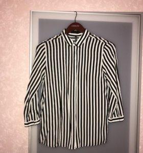 Блуза в черно-белую полоску Stradivarius
