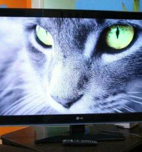 Телевизор LG 42LK551 (107см)