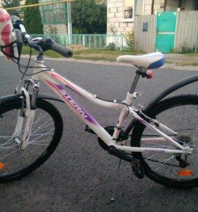 Велосипед 6-9 лет .