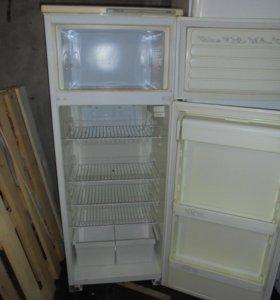 Продаю холодильник Атлант