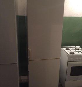 Продаю холодильник Электролюкс!Доставка.