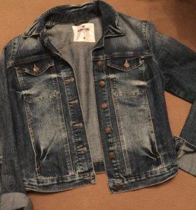 Джинсовая куртка продажа/обмен