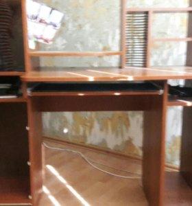 Угловой гардероб и компьютерный стол