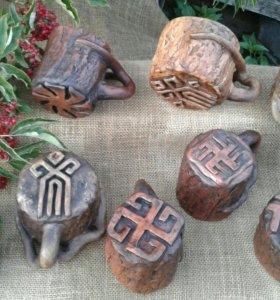 Кружки со славянскими оберегами