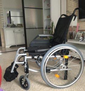 Инвалидная коляска для взрослых. Совершенно новая!
