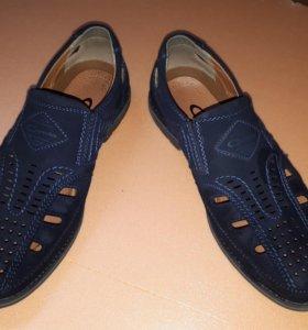 Туфли мужские 38р летние новые.