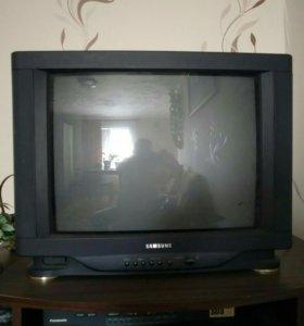 Продается телевизор SAMSUNG