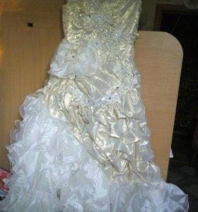 Праздничное платье на девочку 7-10л