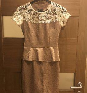 Платье каждое 500 рублей