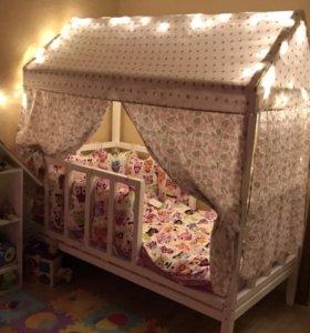 Детская кроватка домик от года и более