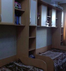 Детский спальный комплекс с шкафами