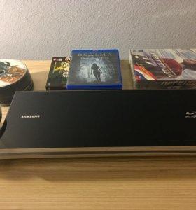 Blu-ray проигрыватель + 90 дисков