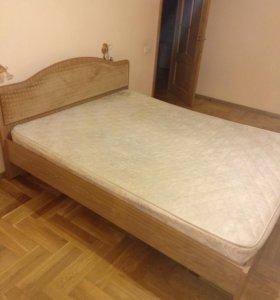 Кровати и кресла б/у