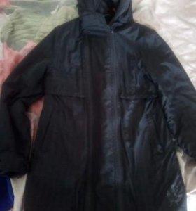 Продам весеннию куртку