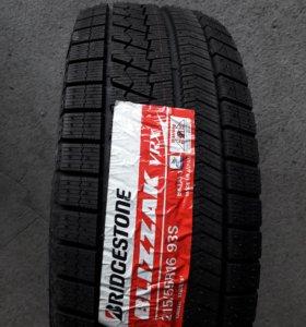 Новые японские 215.55 R16 Bridgestone Blizzak VRX