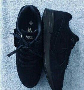 Кроссовки «Nike» Новые