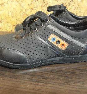 Школьные туфли 35 размер