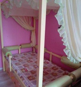 Детская кровать с балдахином и ящиками