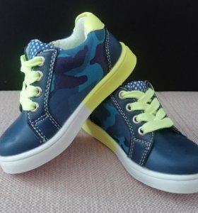 новые ботинки, р-р 20