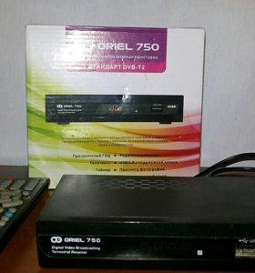 Продаётся цифровая приставка Oriel 750.