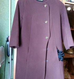 Пальто (перчатки в подарок)