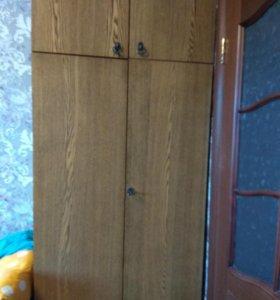 Платьевой шкаф б/у в хорошем состоянии