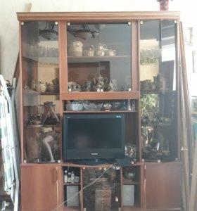 Стенка в зал под телевизор и для посуды