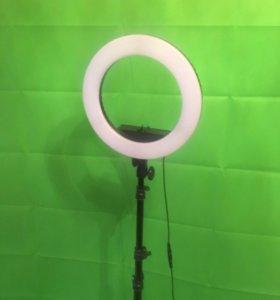 Кольцевая лампа с регулировкой температуры