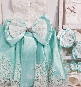 Новые комплекты на выписку,костюмы,платья