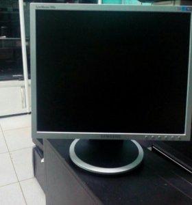 Монитор Samsung 740n