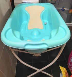 Ванночка на подставке итальянской фирмы Cam