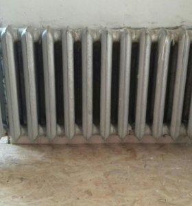 Радиатор чугунный 14 секций