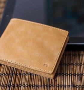 Тонкий и легкий кошелек Slim из натуральной кожи