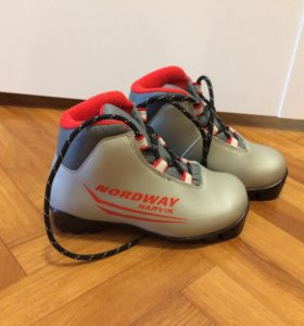 Лыжные ботинки 30 р-р