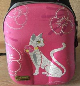 Ранец (портфель) для девочки